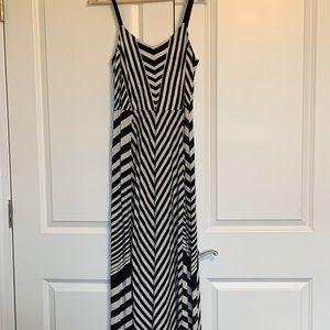 New Anthropologie Maxi Dress Medium